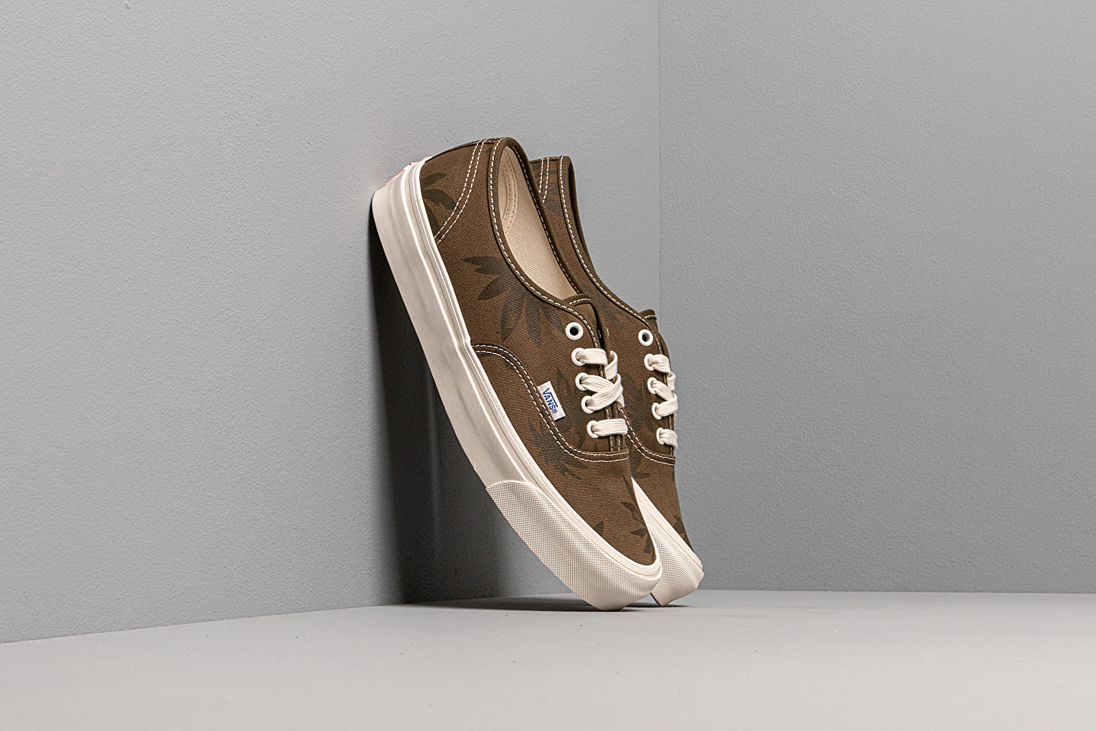 Vans OG Authentic LX (Canvas/ Island Leaf)
