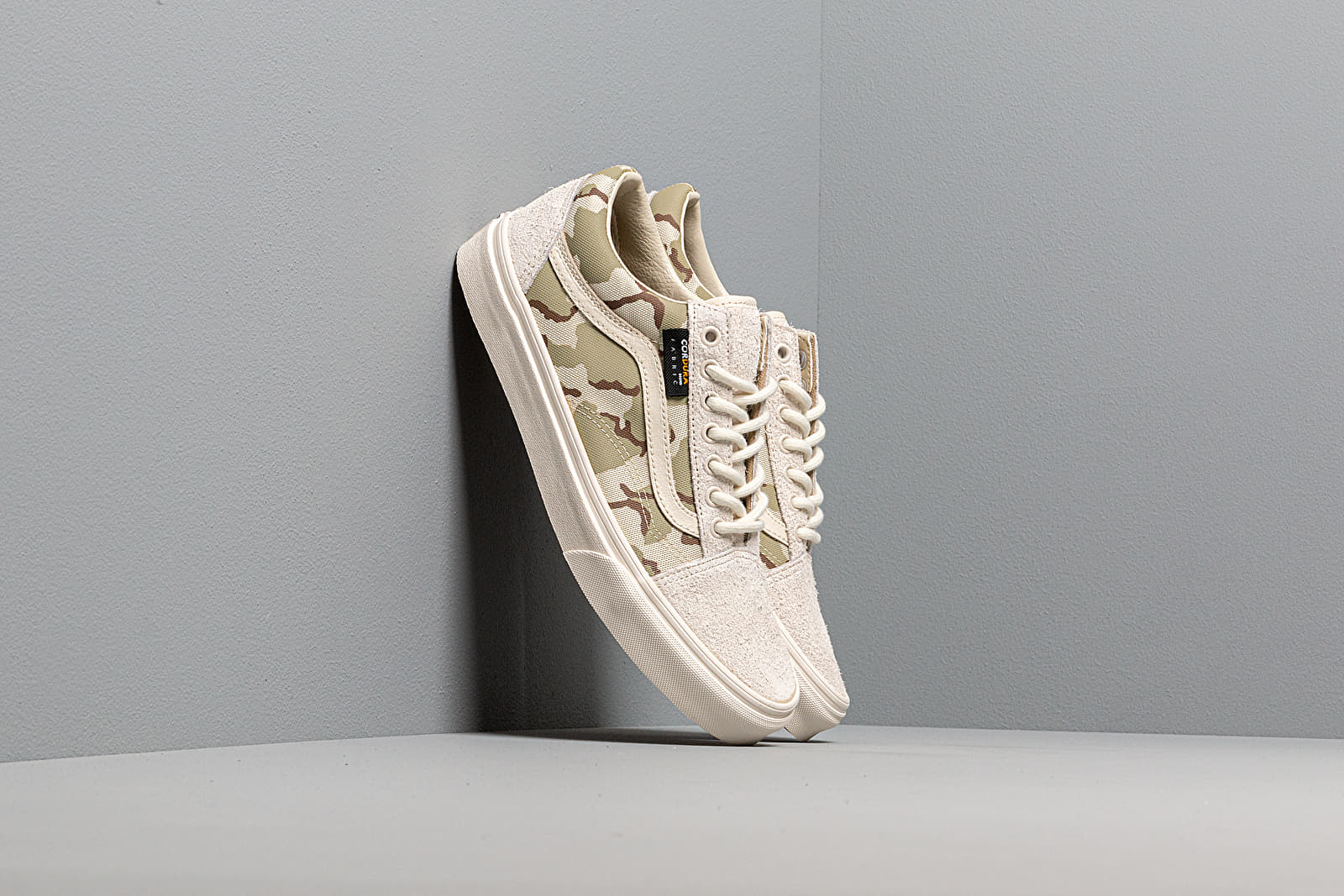 Men's shoes Vans Old Skool (Cordura) White/ Asparagus/ Camo