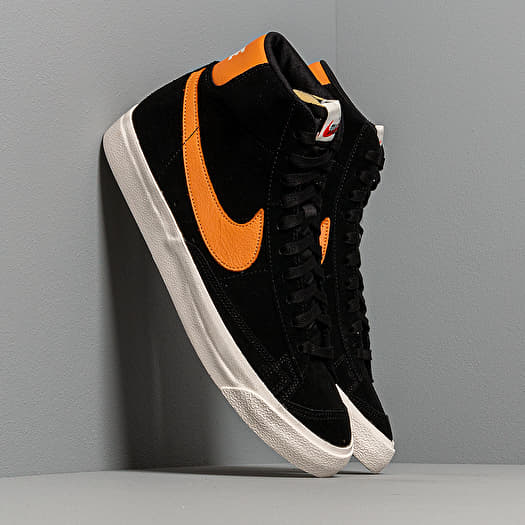 Nike Blazer 77Black/ Amber Rise-Sail