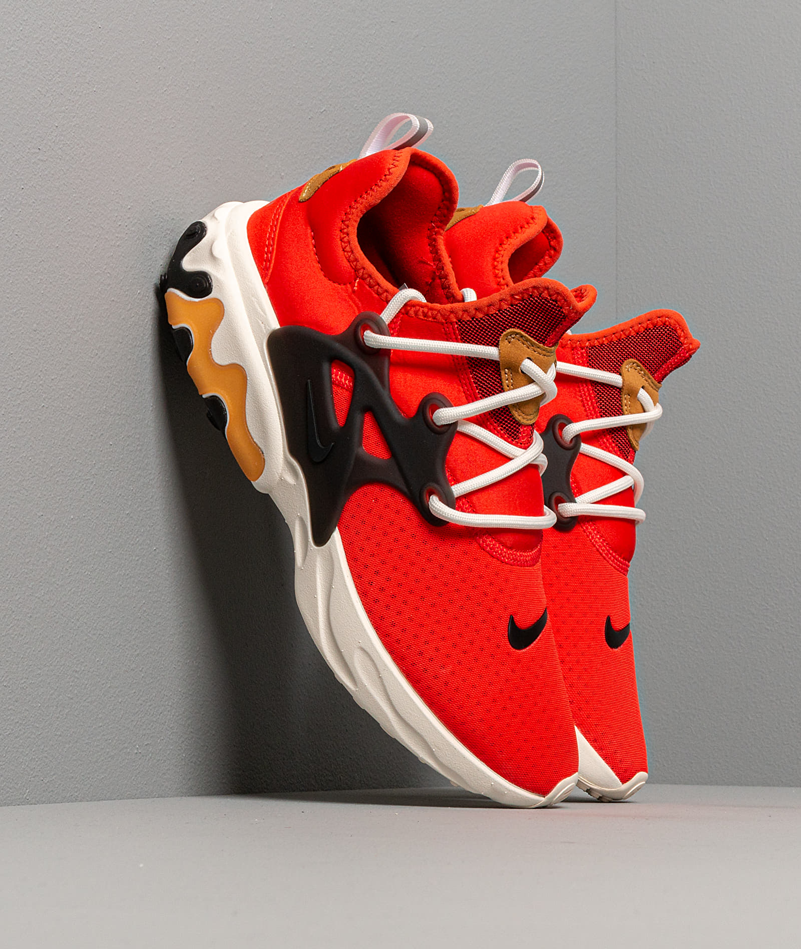 Nike React Presto Habanero Red/ Black-Wheat-Sail EUR 38.5