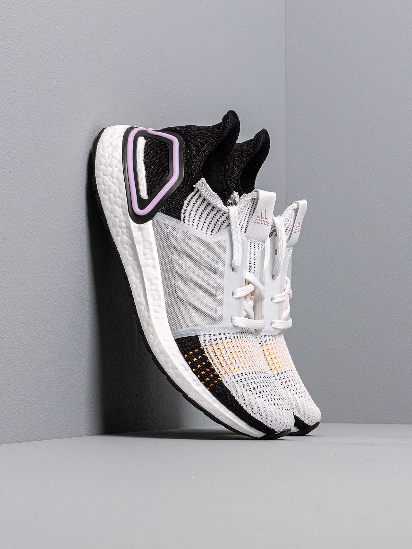 Zapatillas mujer adidas UltraBOOST 19 W Crystal White/ Crystal White/ Core Black