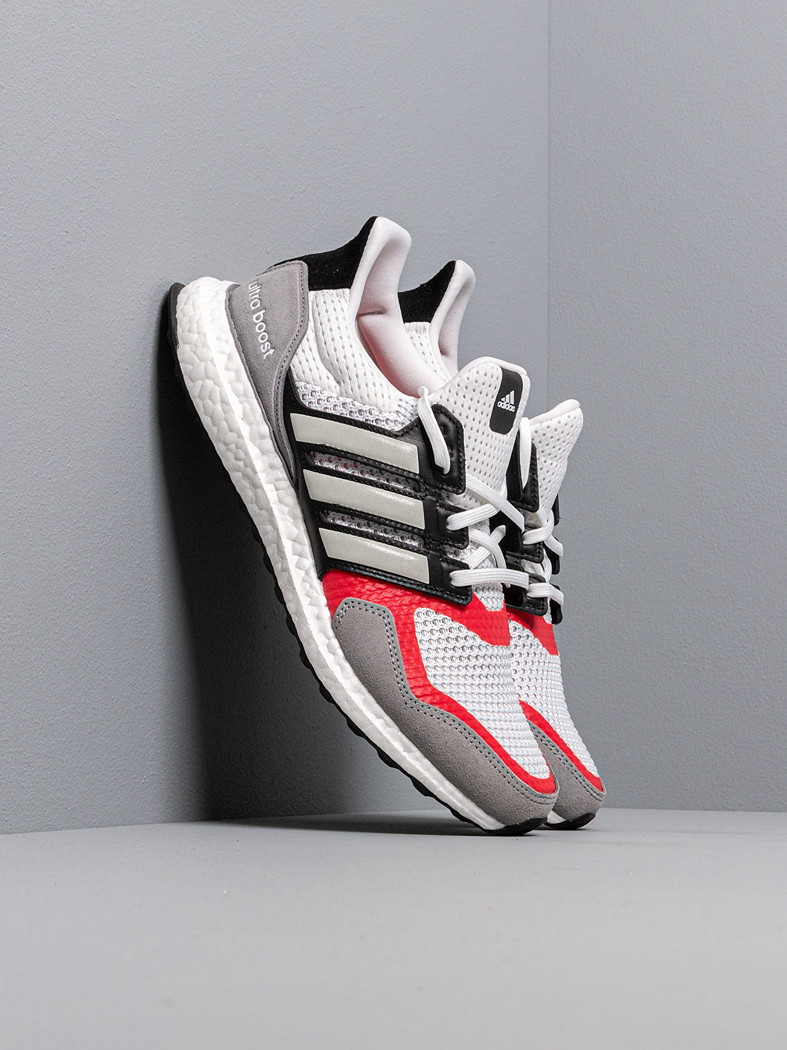 adidas UltraBOOST S&L M Ftw White Grey Two Scarlet | Footshop
