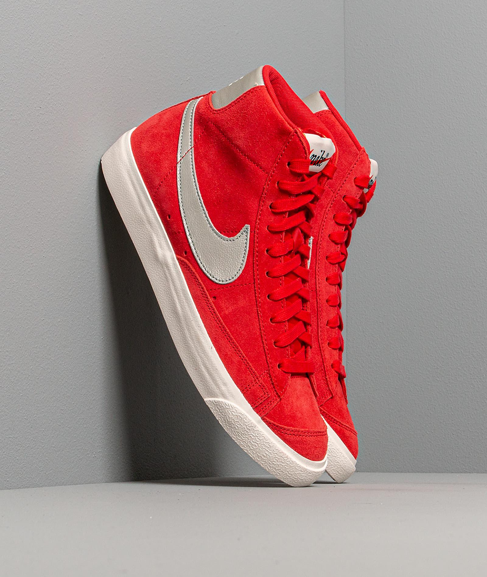 Nike Blazer 77 University Red/ Metallic Silver-Sail EUR 44 Nike