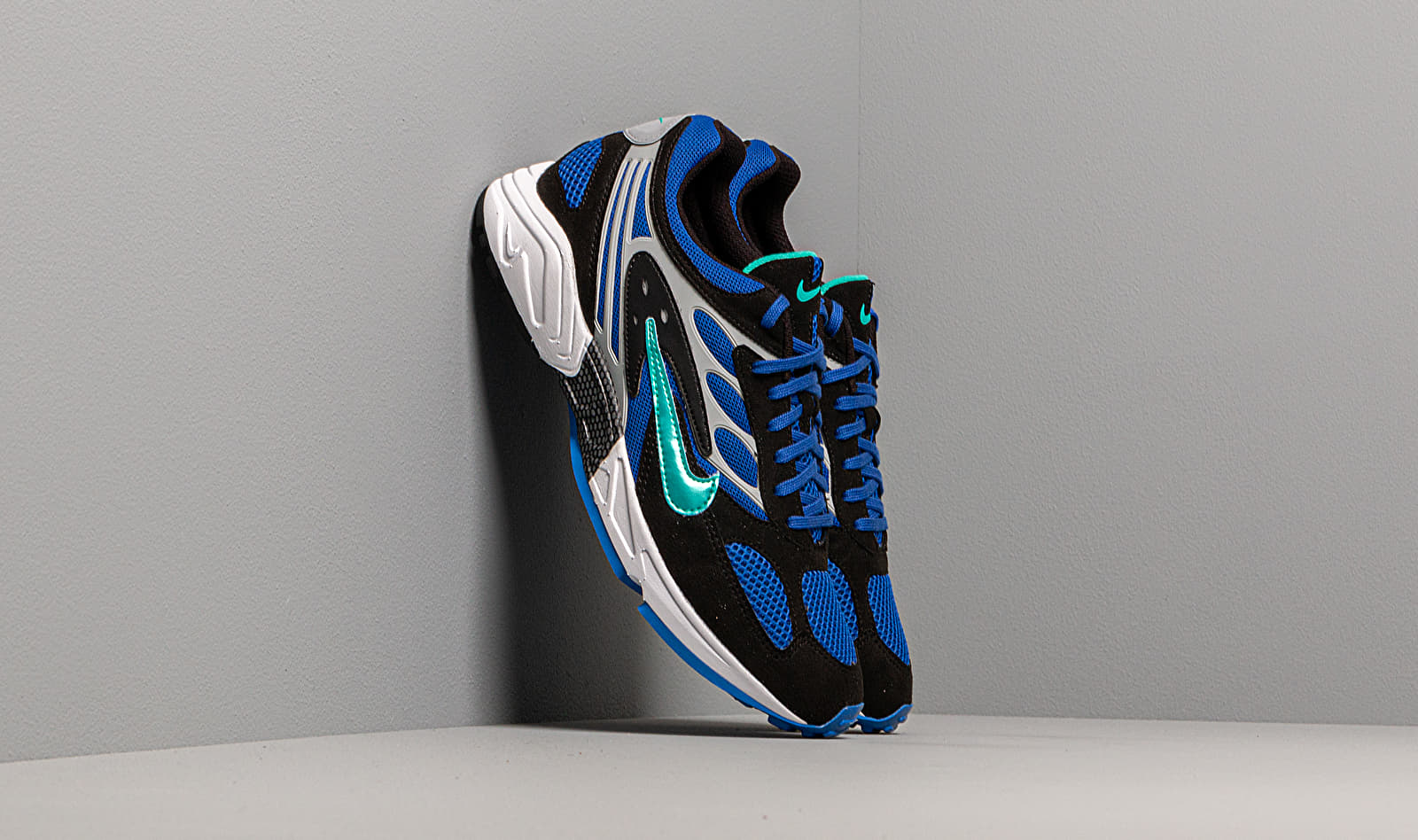 Nike Air Ghost Racer Black/ Hyper Jade-Racer Blue-Wolf Grey EUR 43