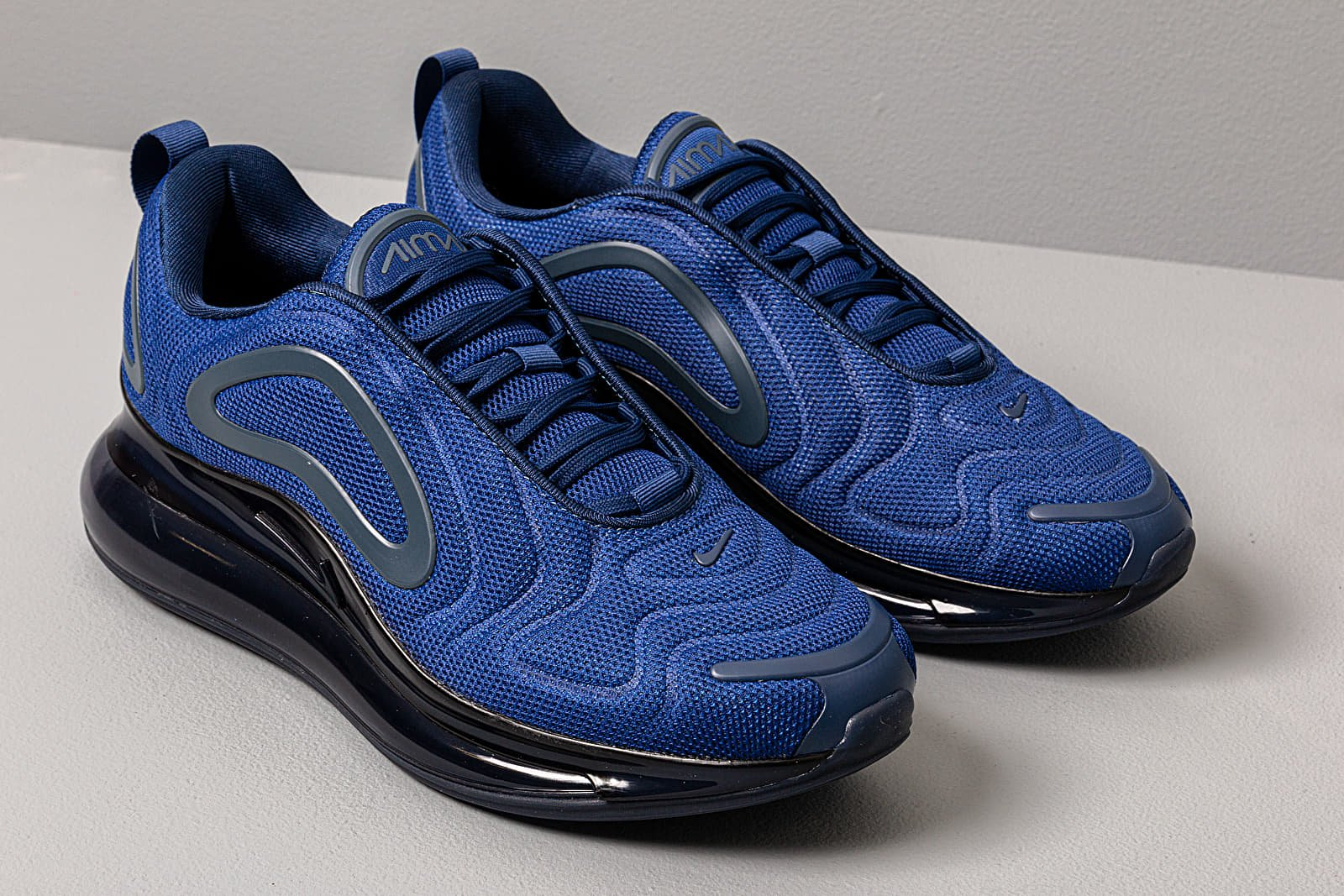 air max 720 blu e nere
