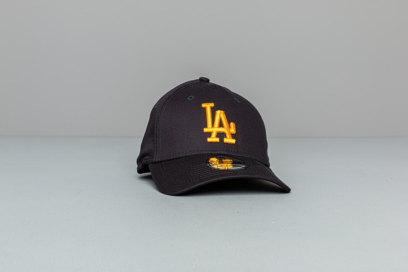 New Era 39Thirty MLB Essential Los Angeles La Dodgers