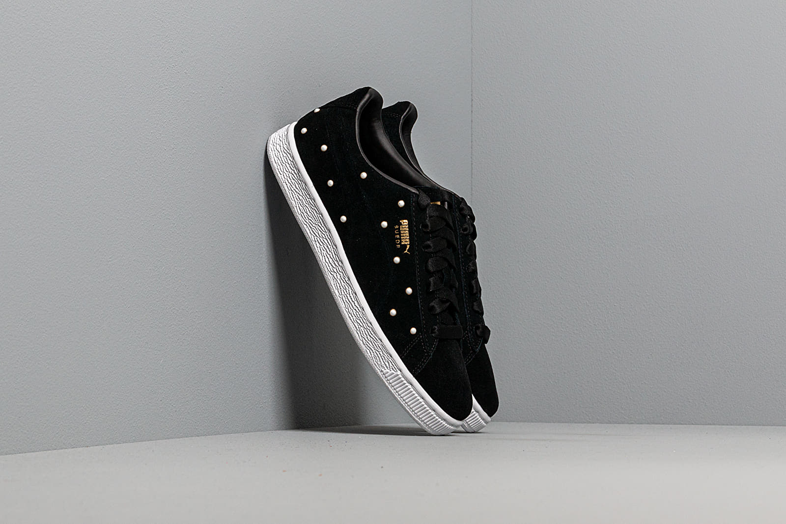 Women's shoes Puma Suede Pearl Studs Wn s Puma Black-Puma Team Gold