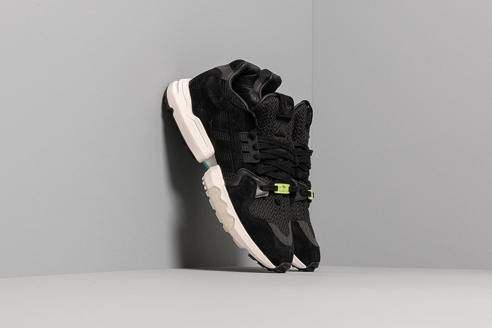 Ανδρικά παπούτσια adidas ZX Torsion Core Black/ Core Black/ Core White