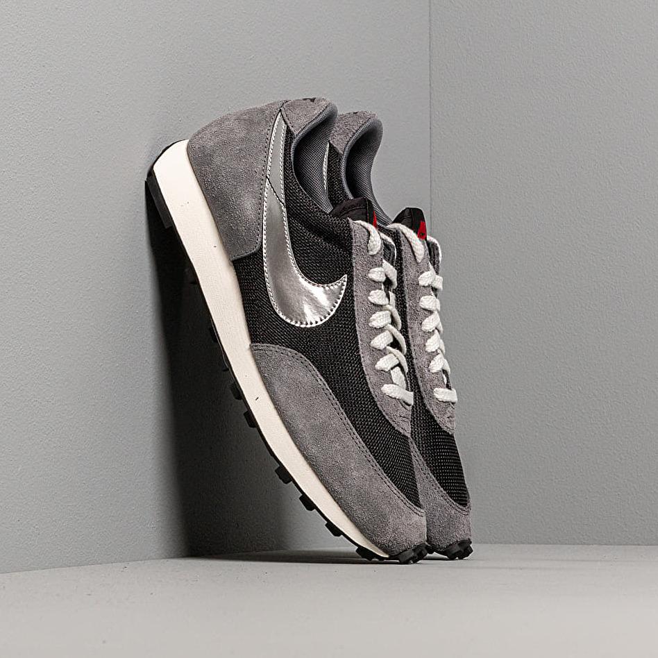 Nike Dbreak Sp Black/ Metallic Silver-Dark Grey EUR 43