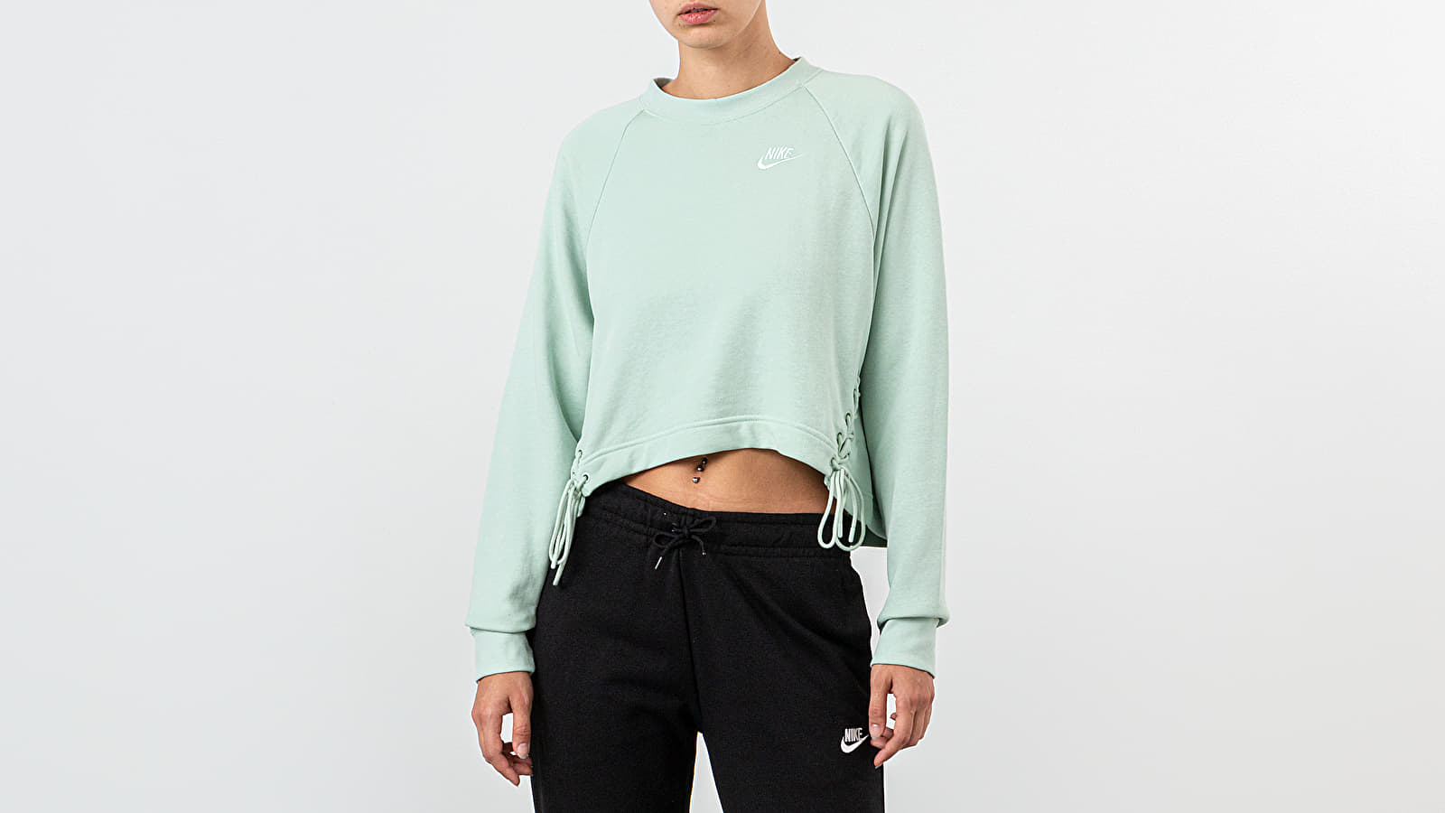 Sudaderas y suéteres Nike Sportswear Essential Crewneck Pistachio Frost/ Pistachio Frost