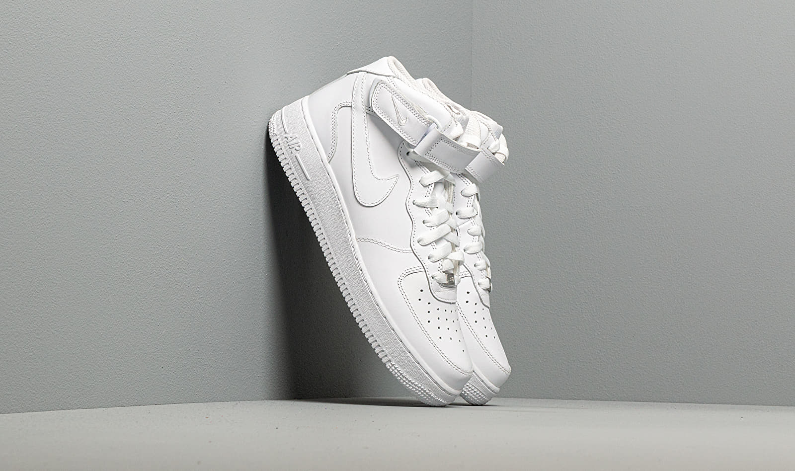 Nike Air Force 1 Mid '07 White/ White EUR 40