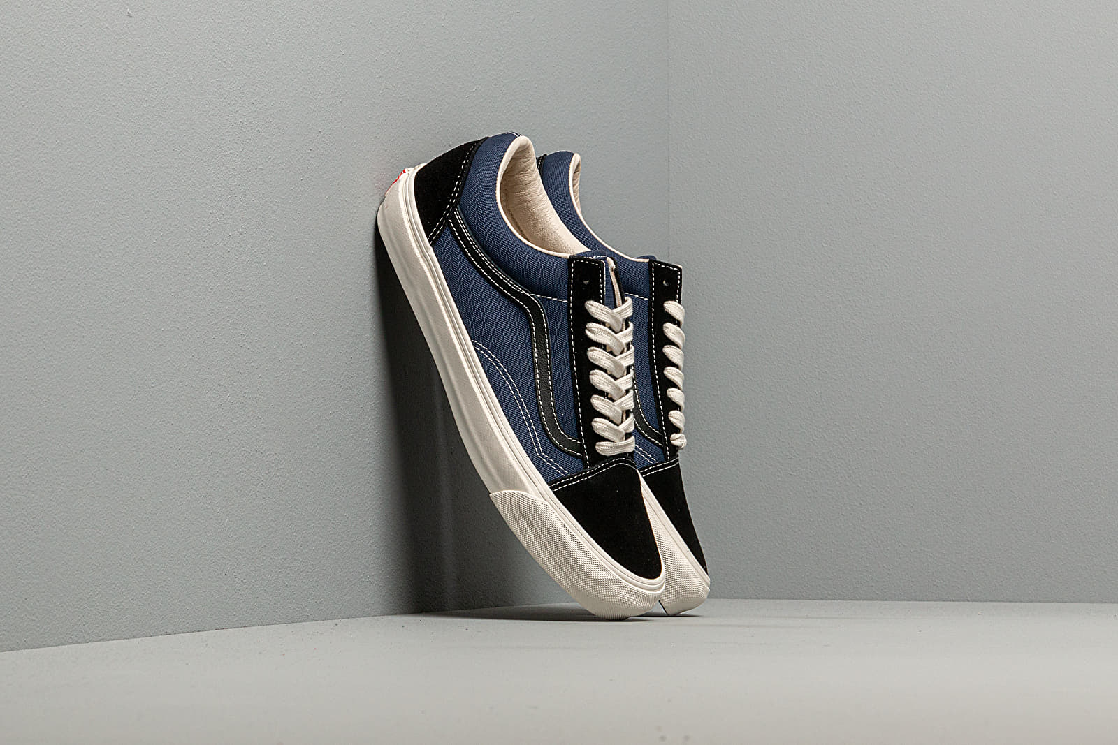 Zapatillas Hombre Vans OG Old Skool LX (Suede/ Canvas) Black/ Navy
