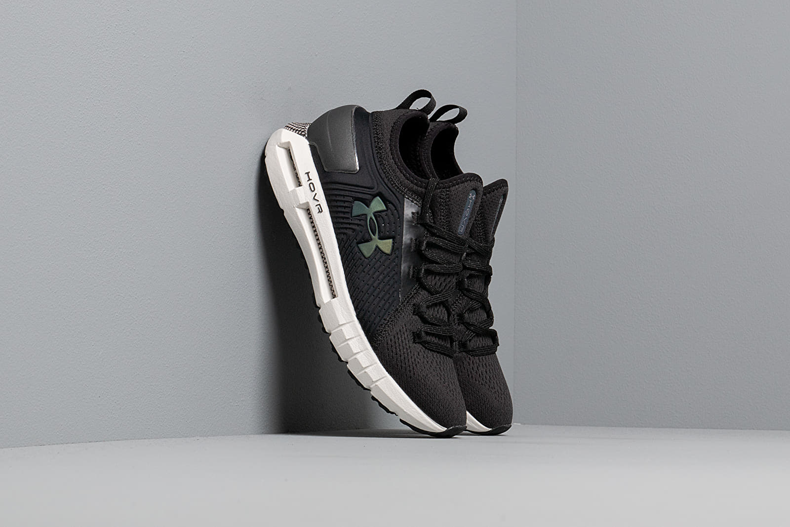 Жіноче взуття Under Armour W HOVR Phantom SE Black/ Tetra Gray/ Black