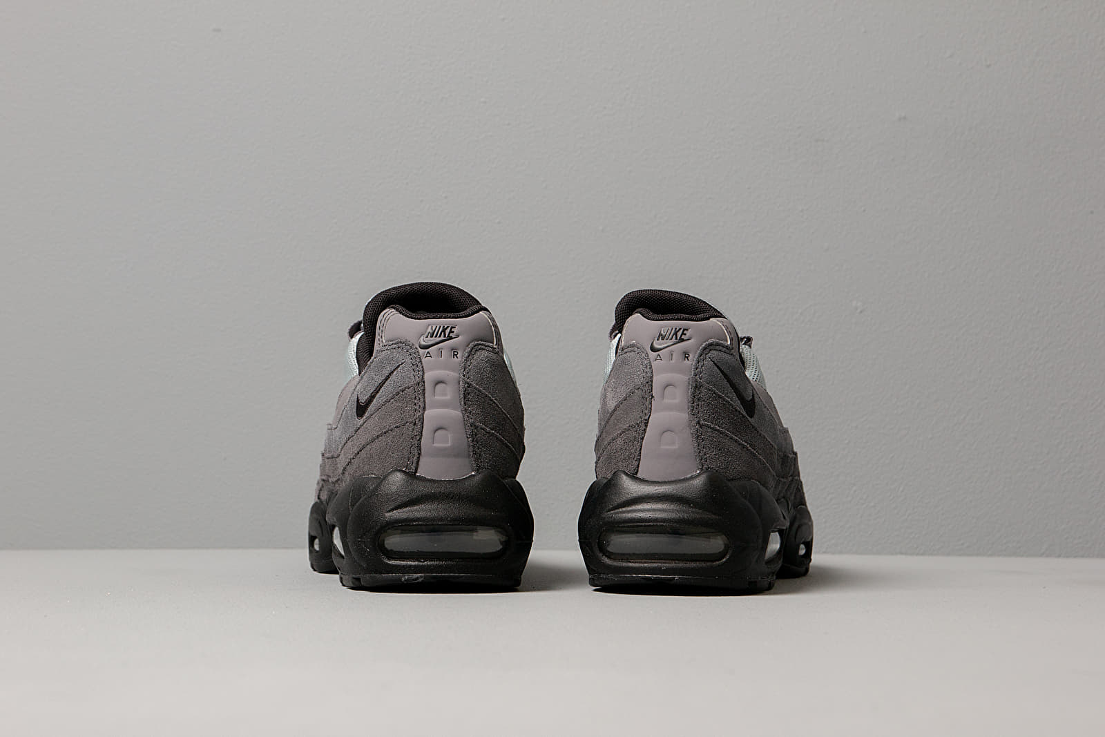 Nike Air Max 95 Essential Anthracite Black Wolf Grey Gunsmoke | Footshop