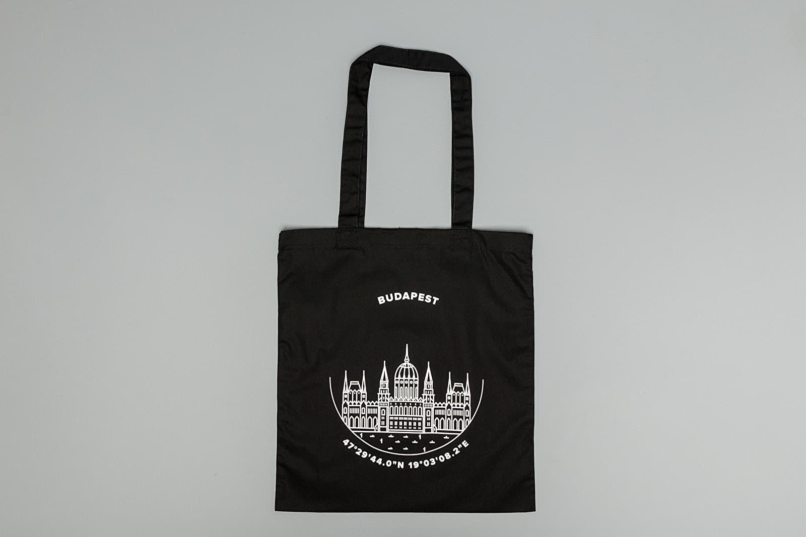 Taschen Footshop Budapest Tote Bag Black