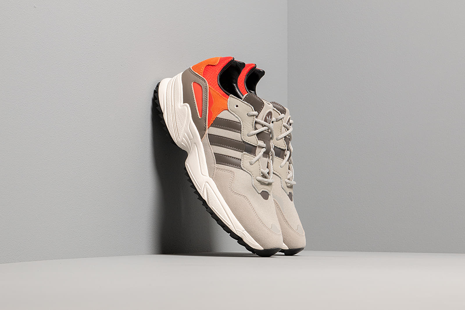 Men's shoes adidas Yung-96 Trail Sesame/ Trace Green Metalic/ Off White