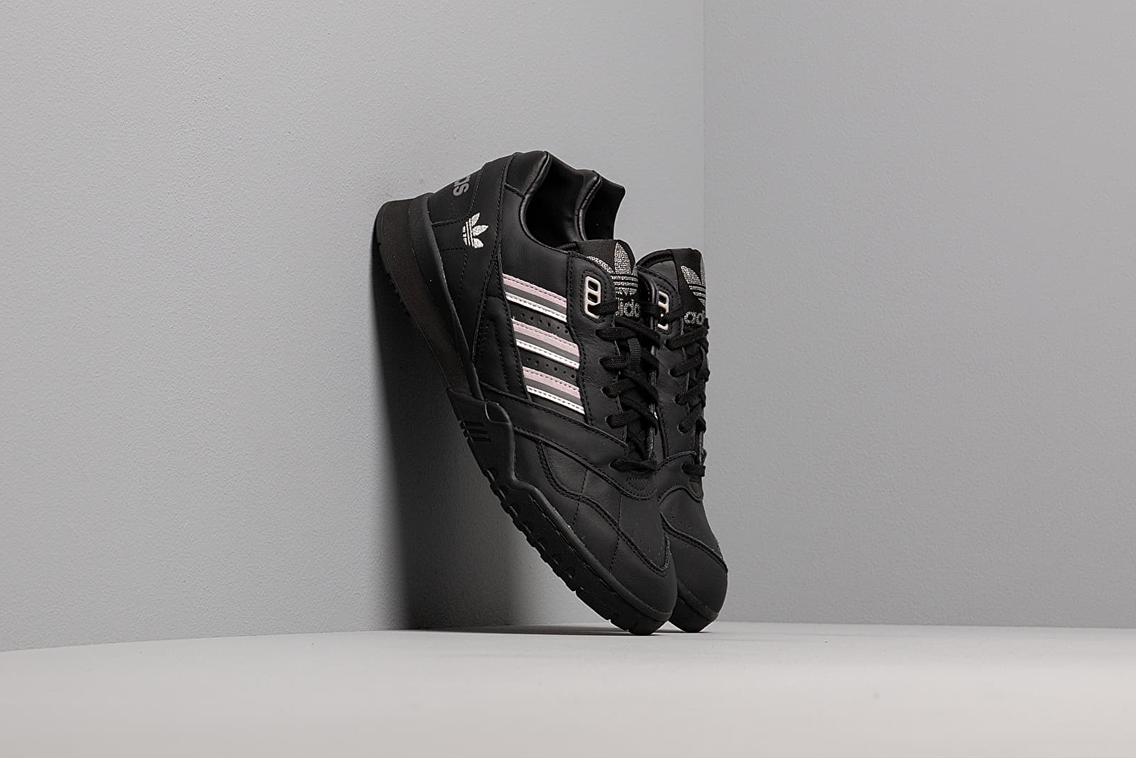 Női cipők adidas A.R. Trainer W Core Black/ Soft Vision/ Grey Four
