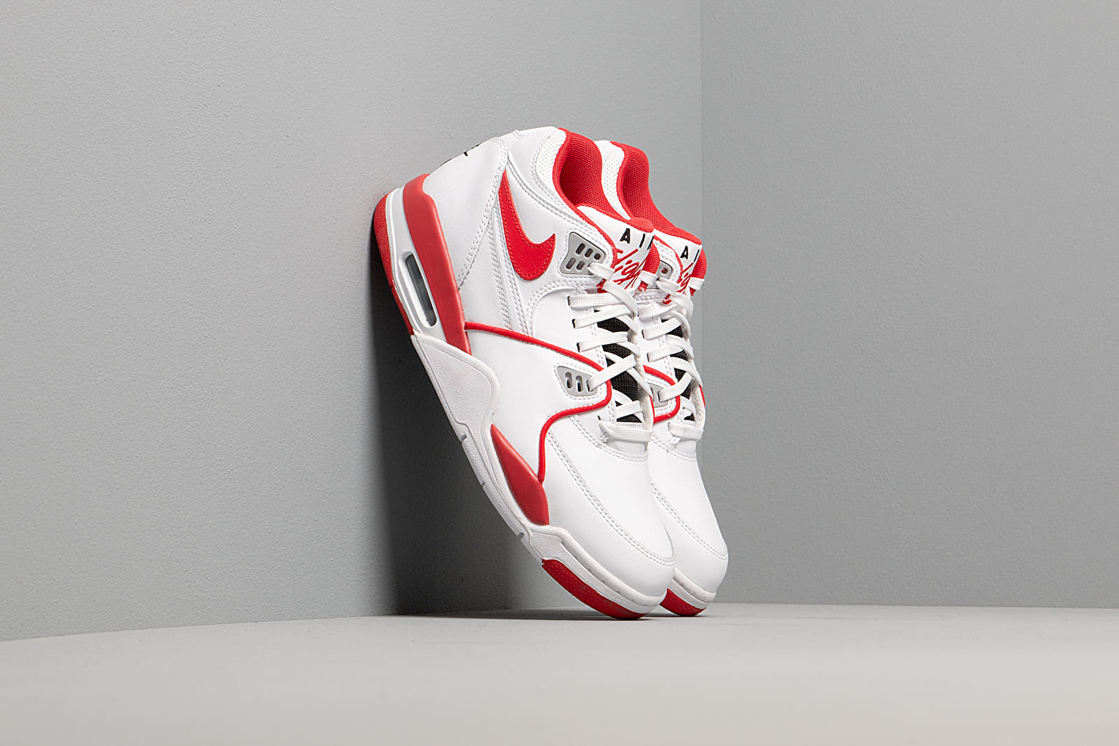 Nike Air Flight 89 Le White University Red White Wolf Grey | Footshop