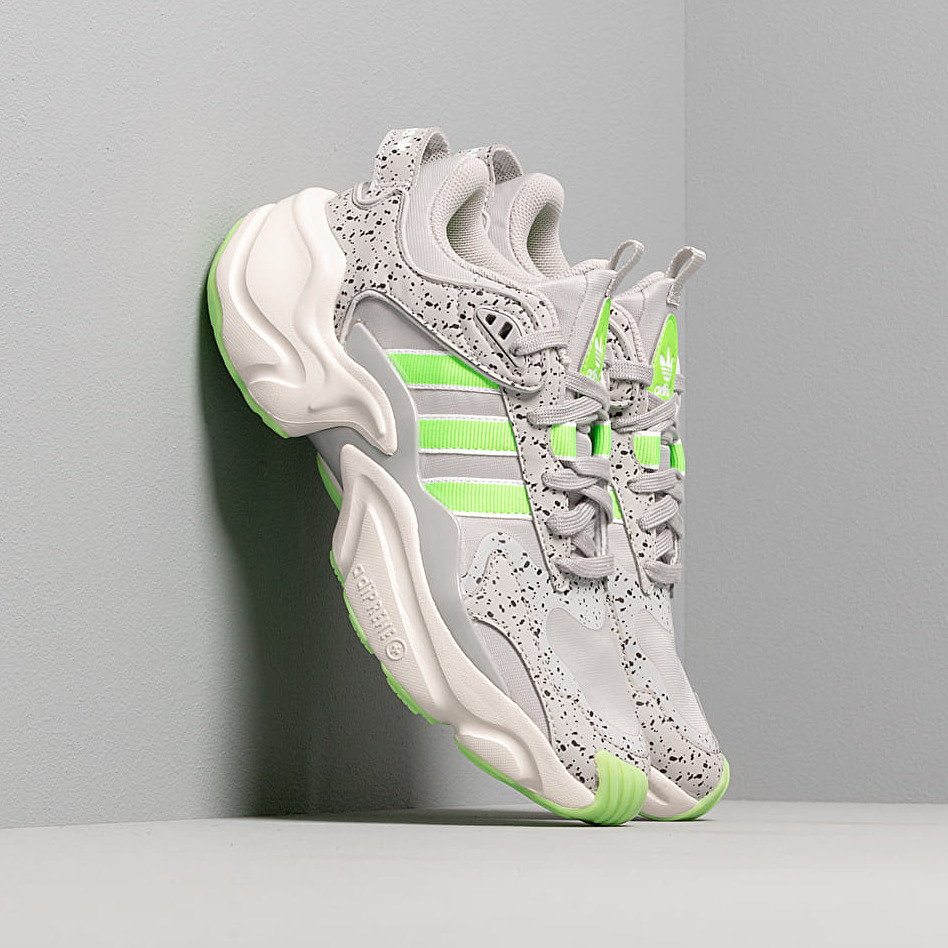 adidas Magmur Runner W Grey Two/ Semi Green/ Raw White, Gray
