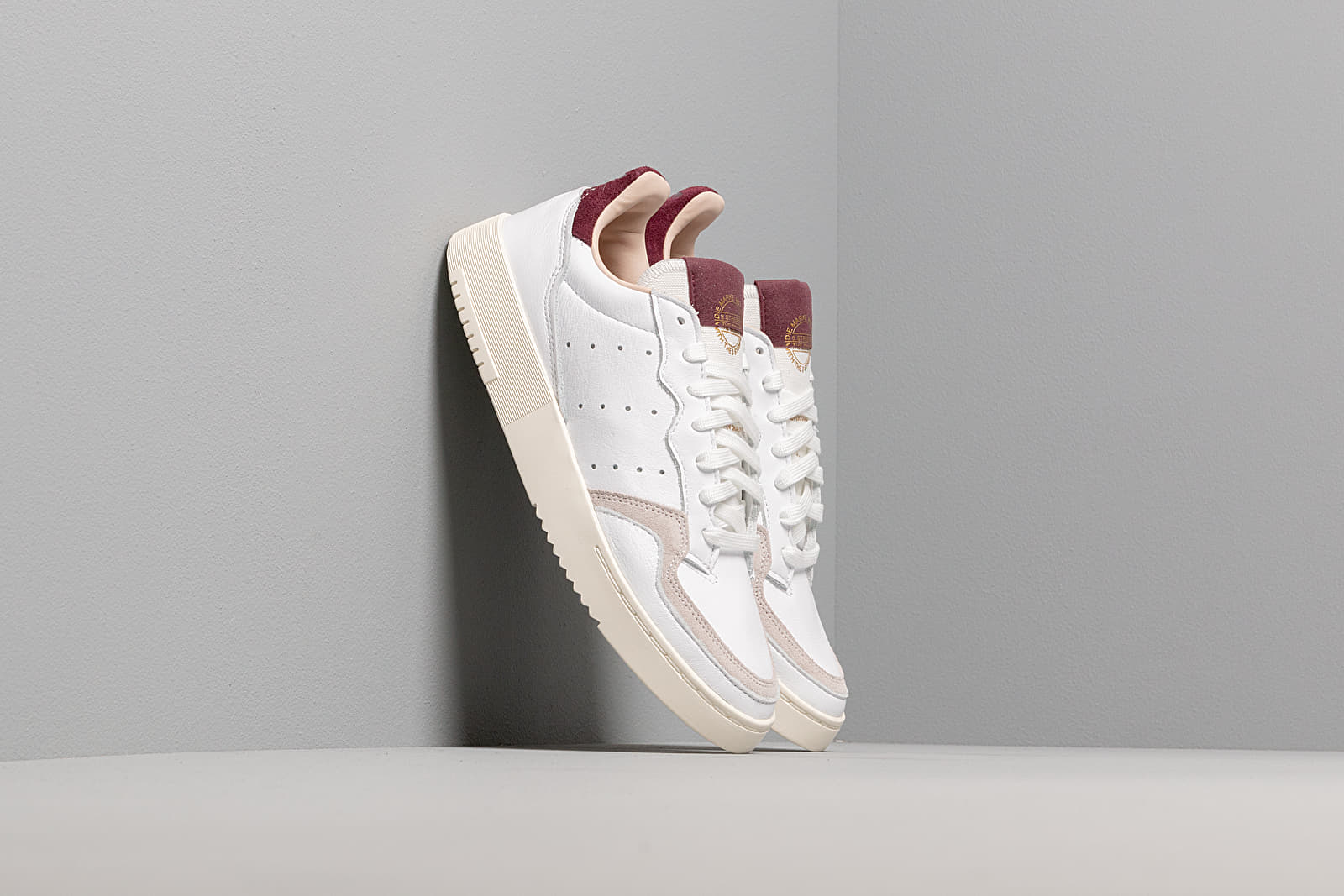 Women's shoes adidas Supercourt W Ftw White/ Ftw White/ Maroon