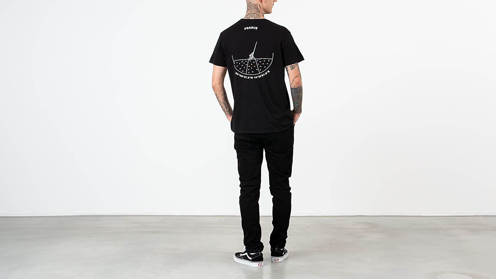 Footshop Prague Tee