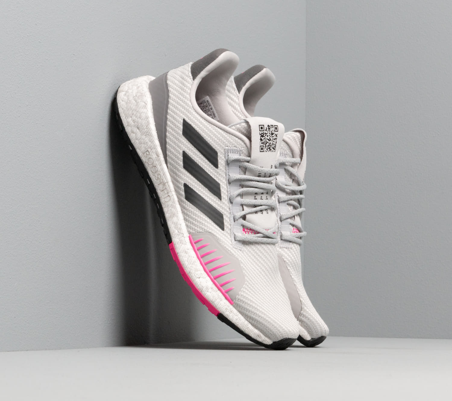 adidas PulseBOOST HD Winter W Grey Two/ Core Black/ Shock Pink, Gray