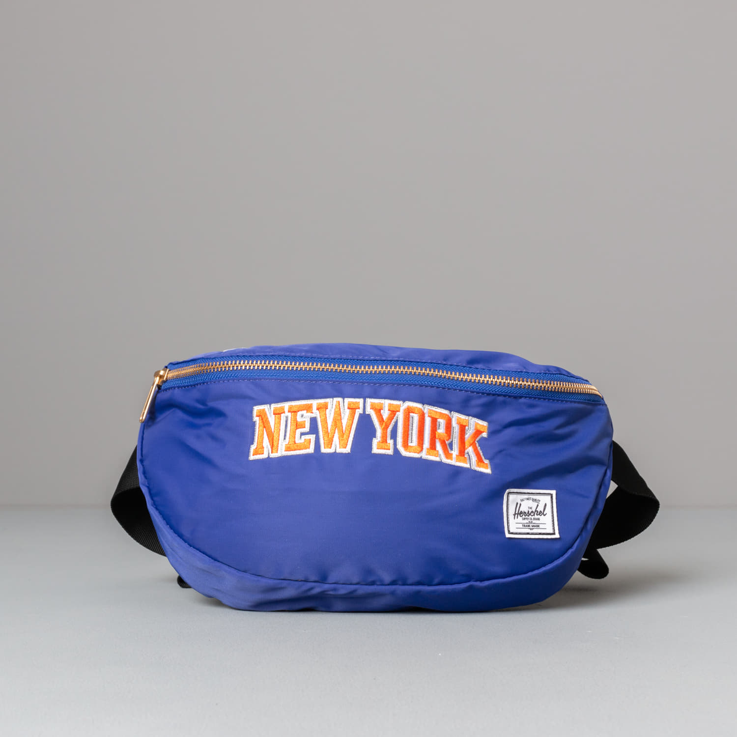 Herschel Supply Co. NBA Champions Sixteen Hip Pack