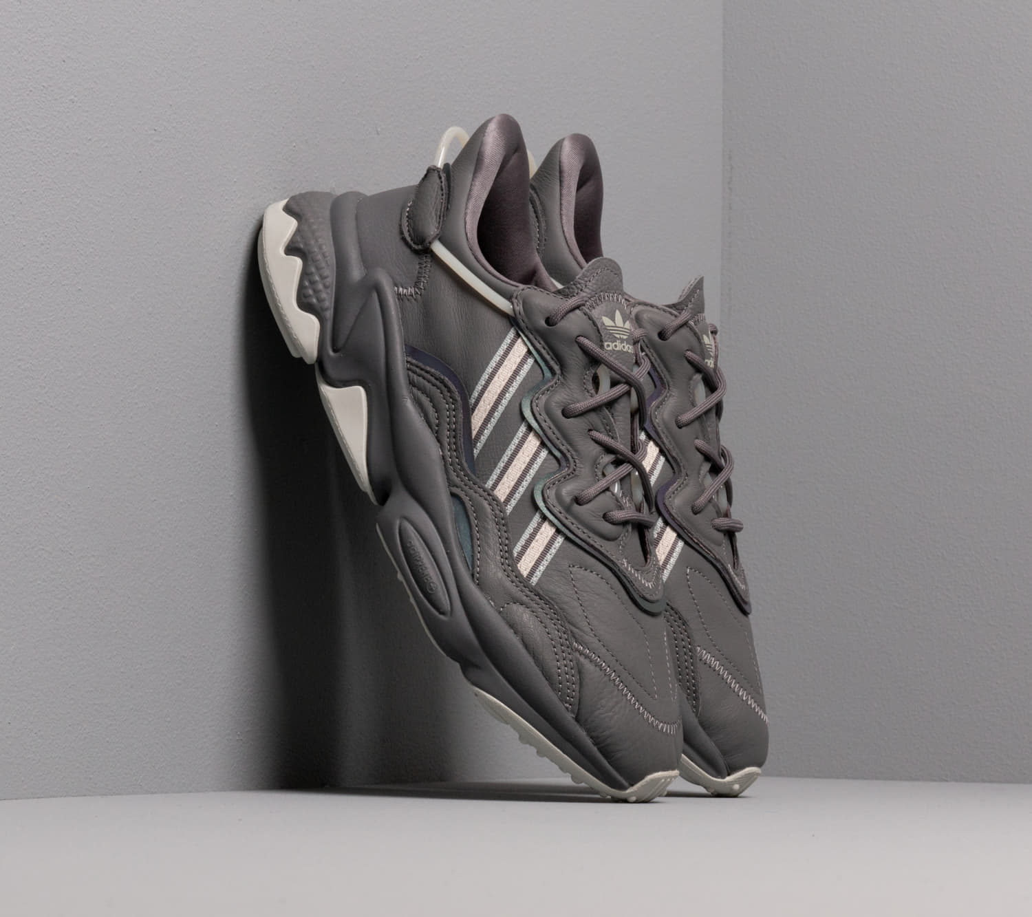 adidas Ozweego W Grey Four/ Core Brown/ Ash Silver, Gray