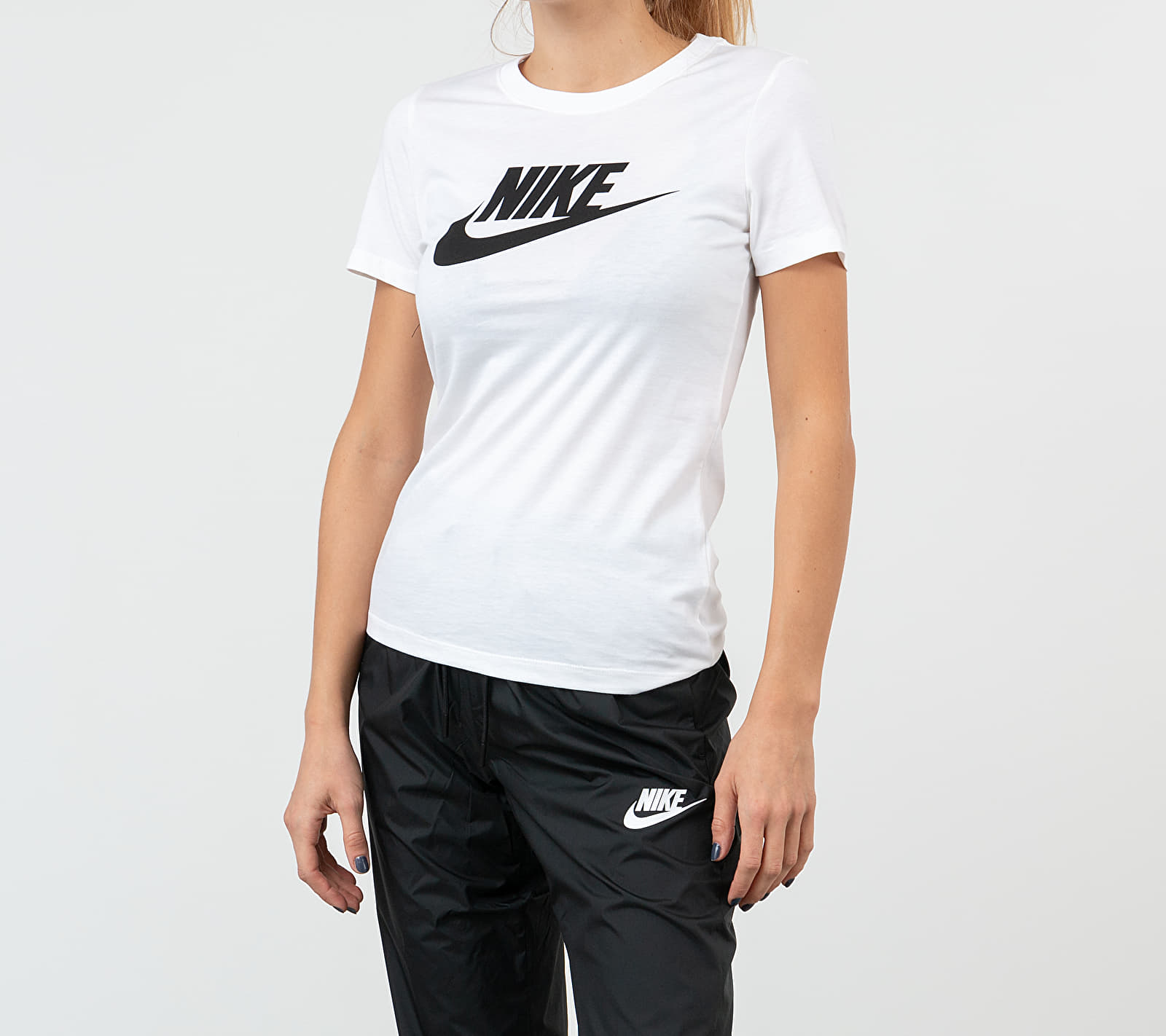 Nike Sportswear Essential Icon Future Tee White/ Black