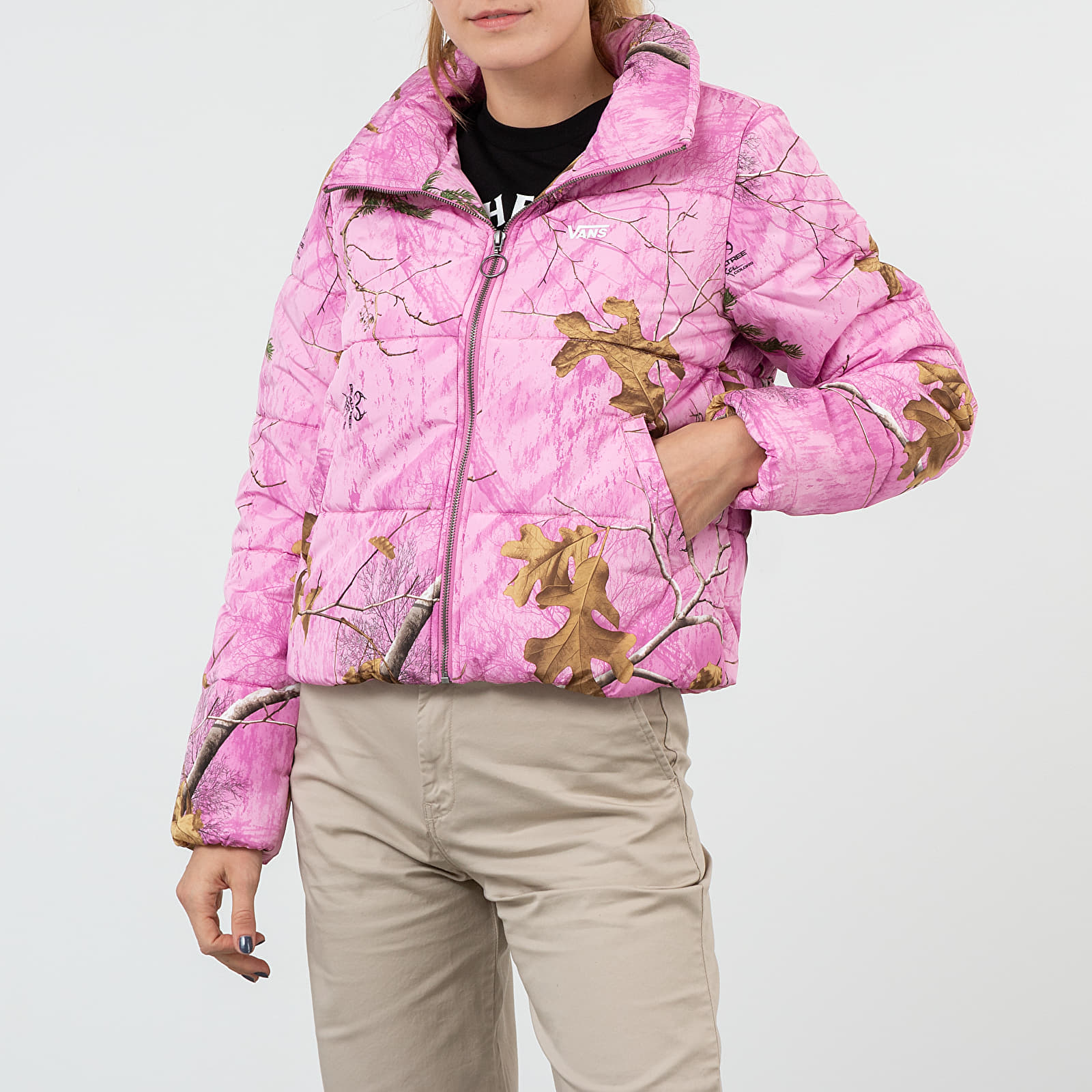 Bundy Vans x Realtree Xtra® Foundry Puffer Jacket Pink