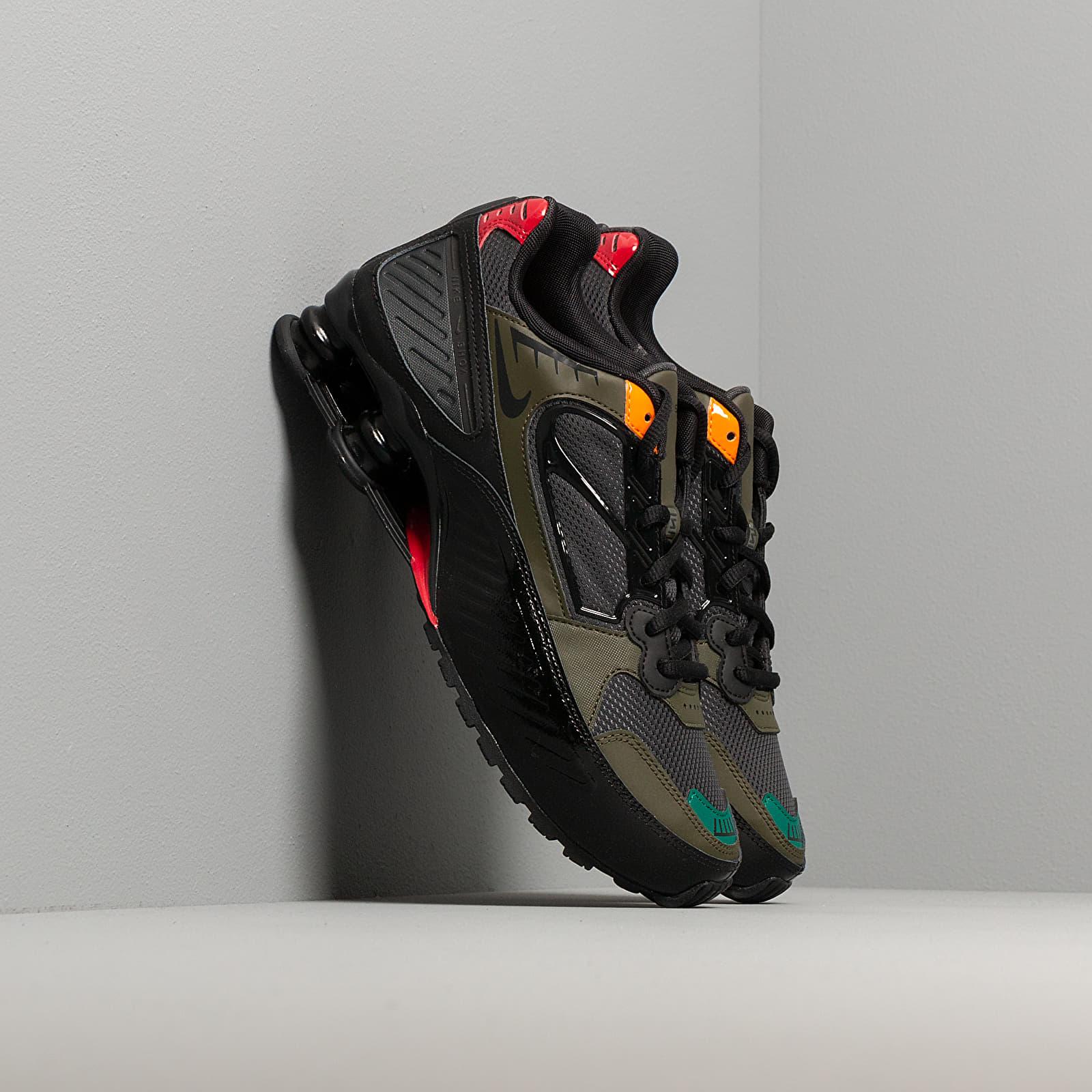 Γυναικεία παπούτσια Nike W Shox Enigma Black/ Anthracite-Cargo Khaki-Gym Red