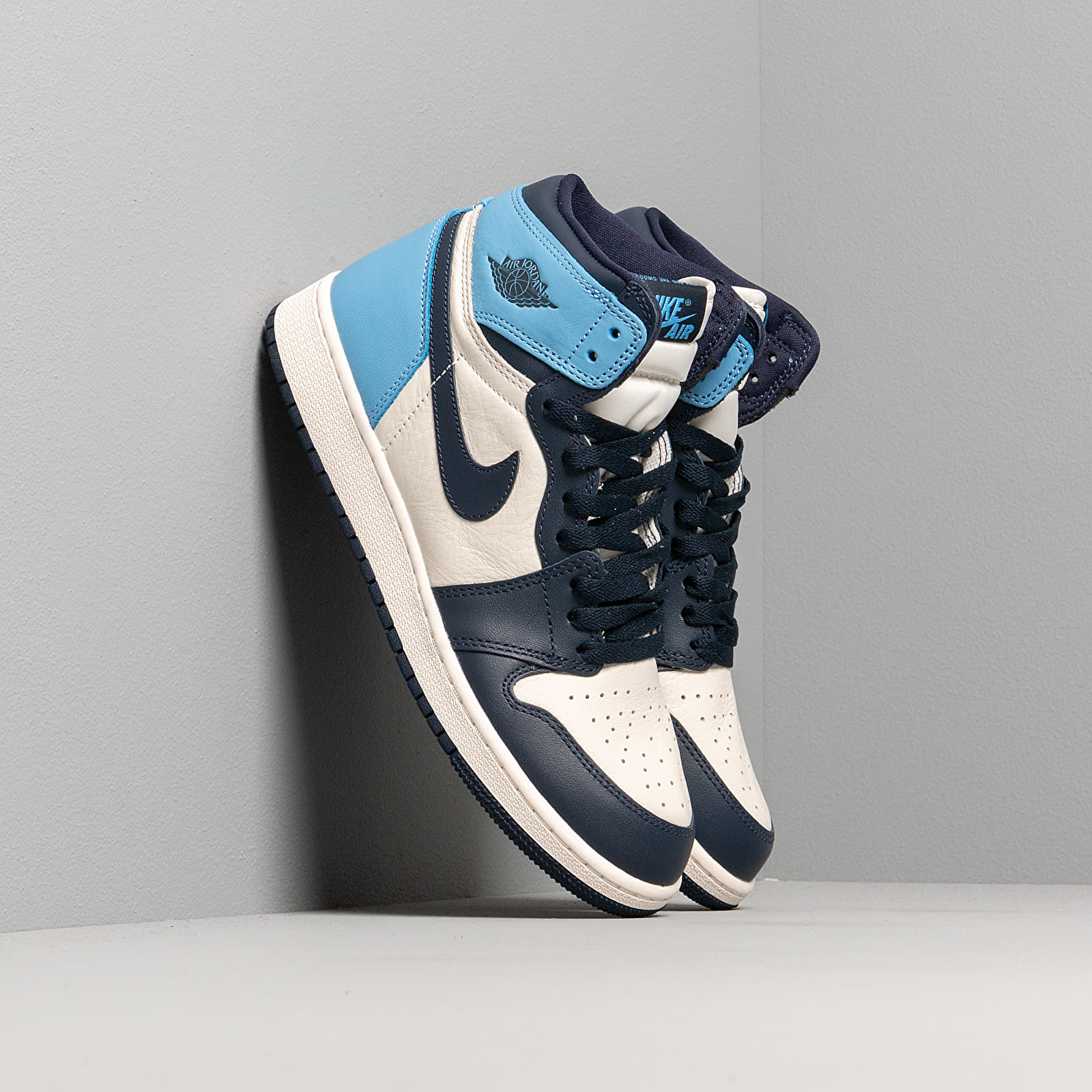 Air Jordan 1 Retro High OG Gs Sail/ Obsidian-University Blue | Footshop