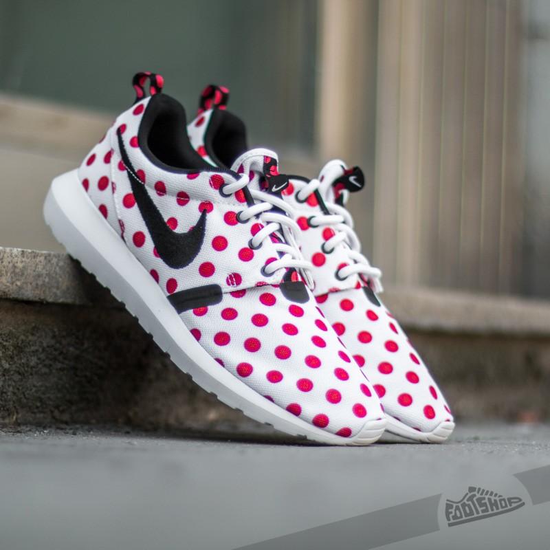 180fb8c469b6 Nike Roshe NM QS
