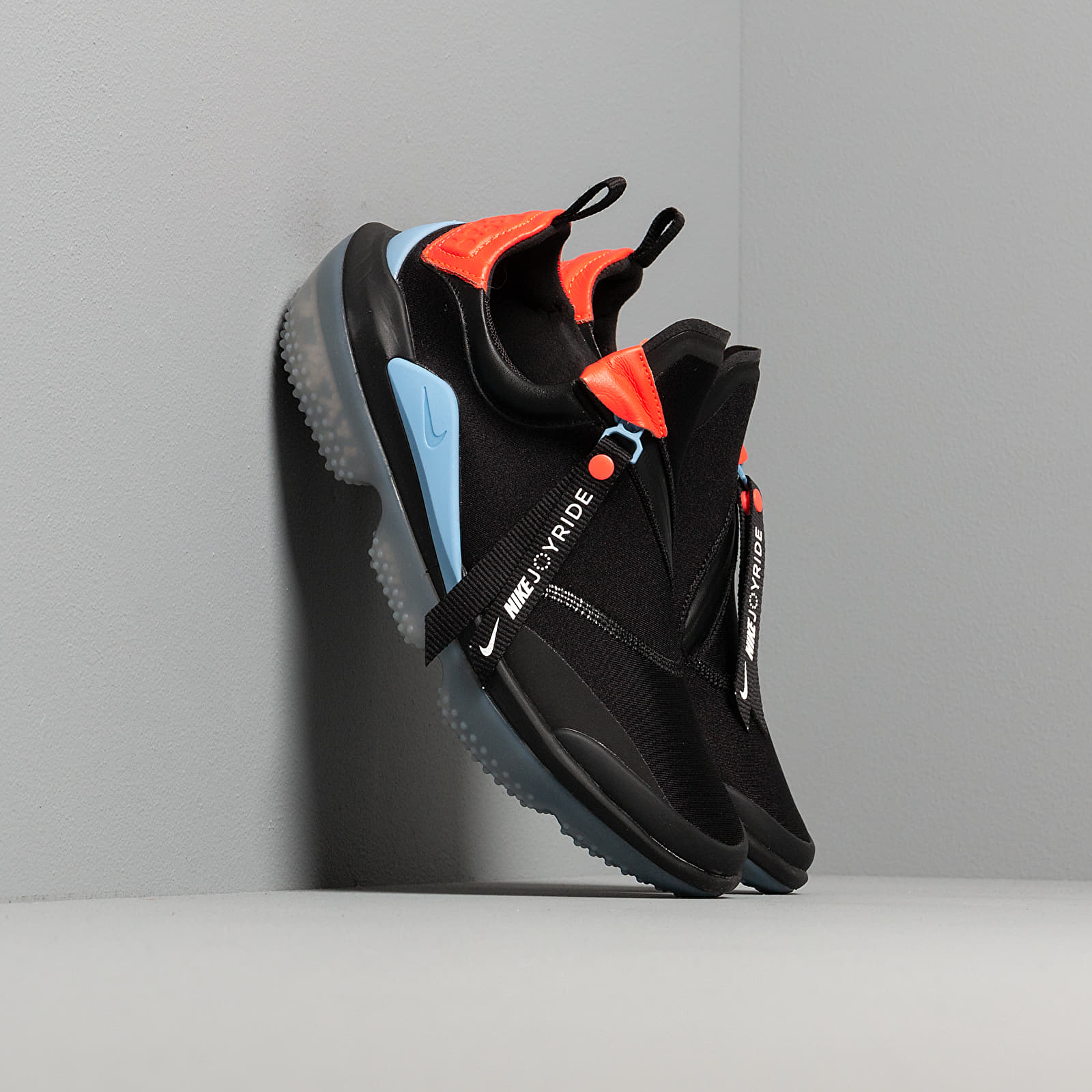 Női cipők Nike W Joyride Optik Black/ Light Blue-Bright Crimson