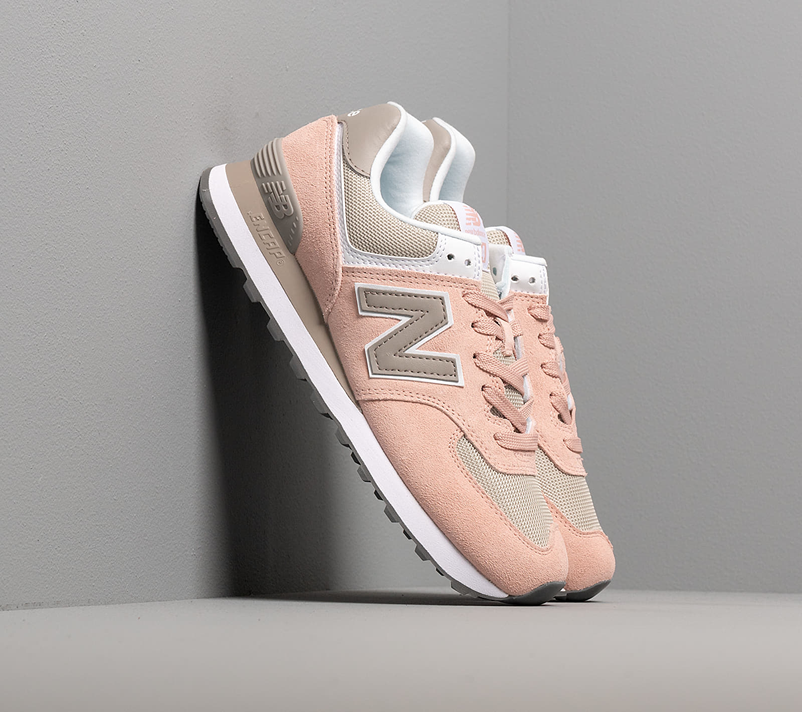 New Balance 574 Pink/ Grey EUR 40