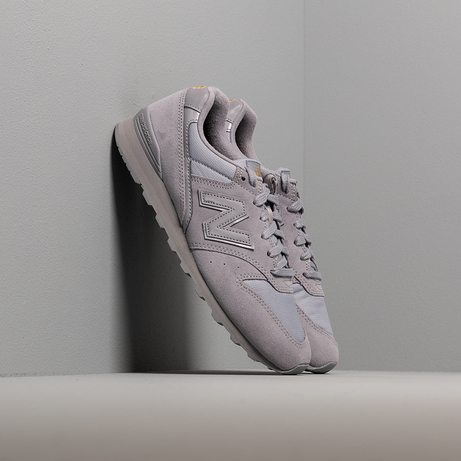 Women's shoes New Balance 996 Grey