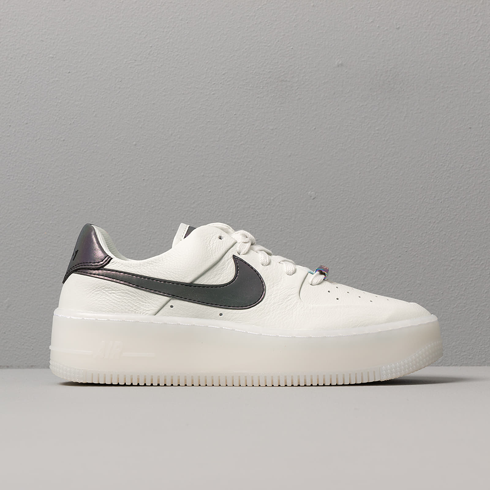 Nike W Air Force 1 Sage Low LX Spruce Aura Blank White | Footshop