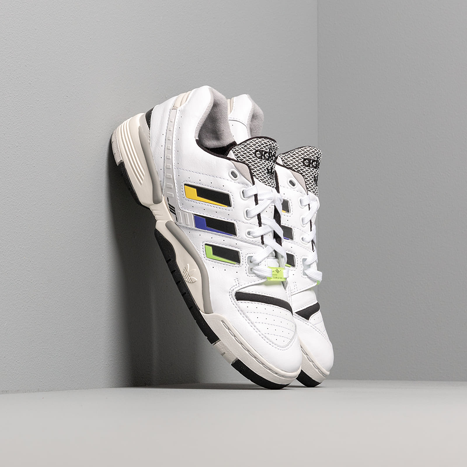 Moški čevlji adidas Torsion Comp Ftw White/ Core Black/ Solar Yellow