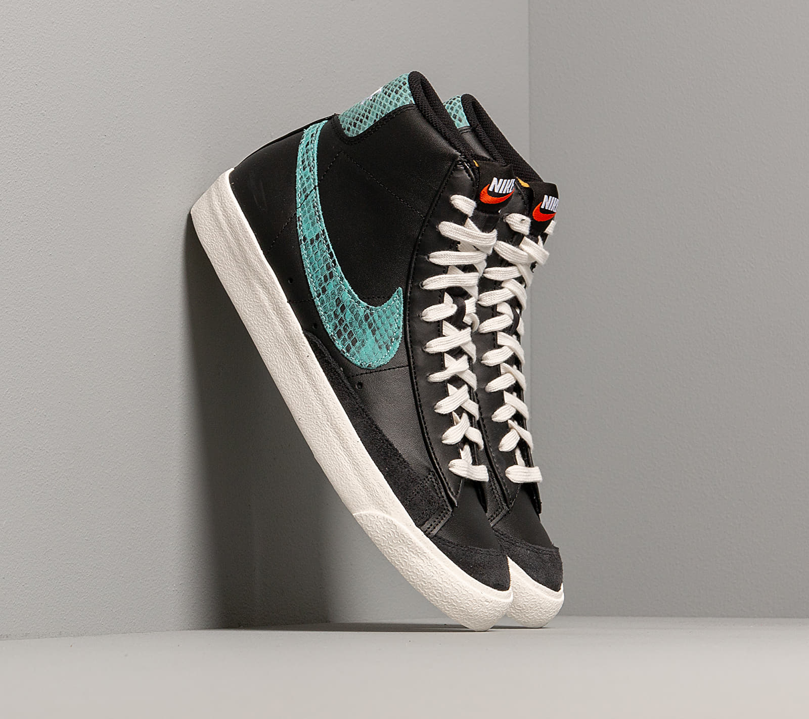 Nike Blazer Mid '77 Vntg We Reptile Black/ Light Aqua-Sail EUR 43