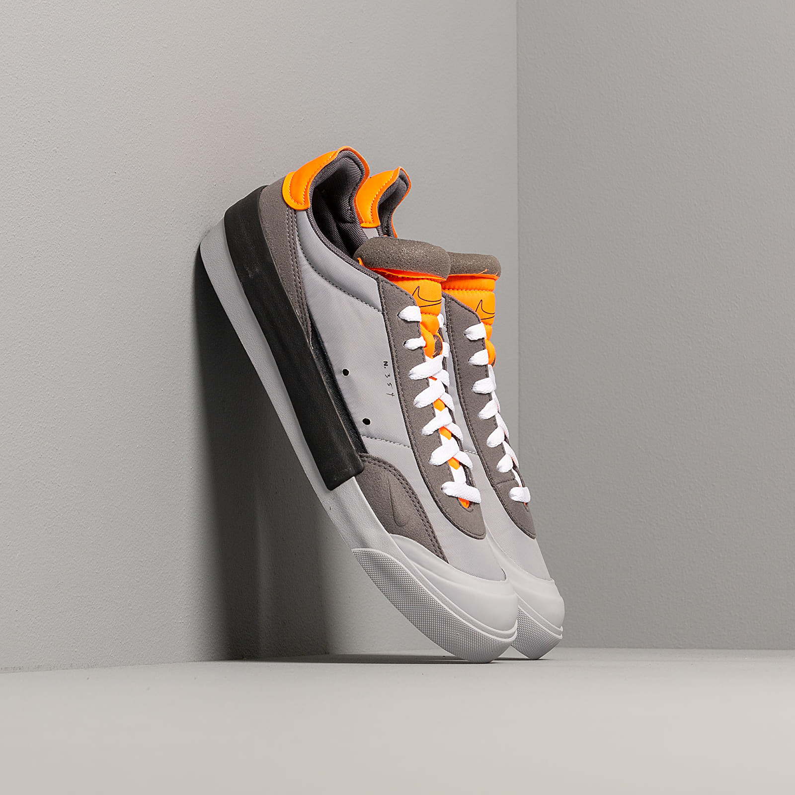 Férfi cipők Nike Drop-Type Wolf Grey/ Black-Total Orange-Dark Grey