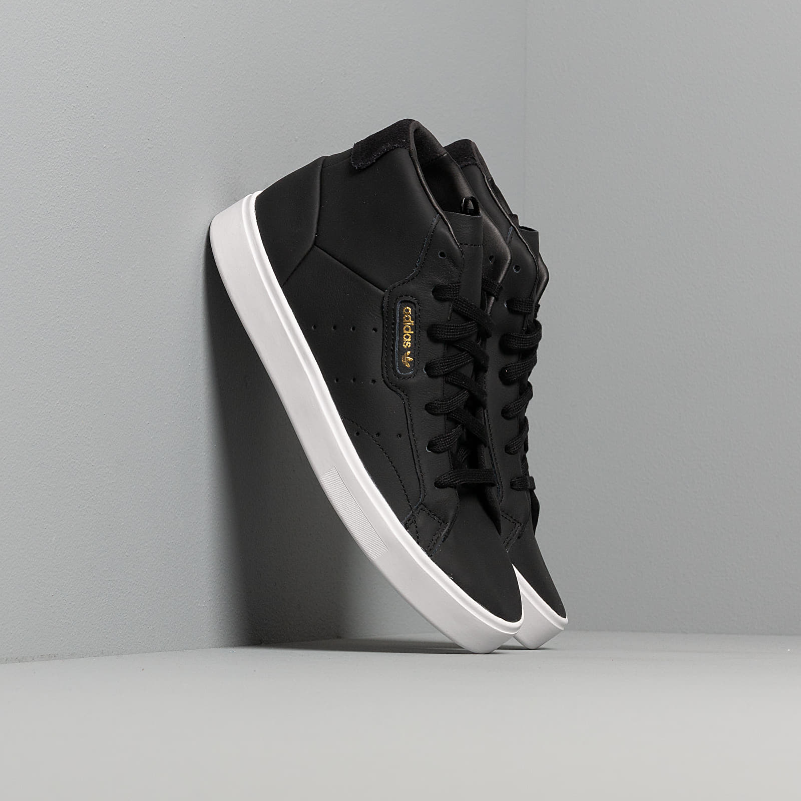 adidas Sleek Mid W