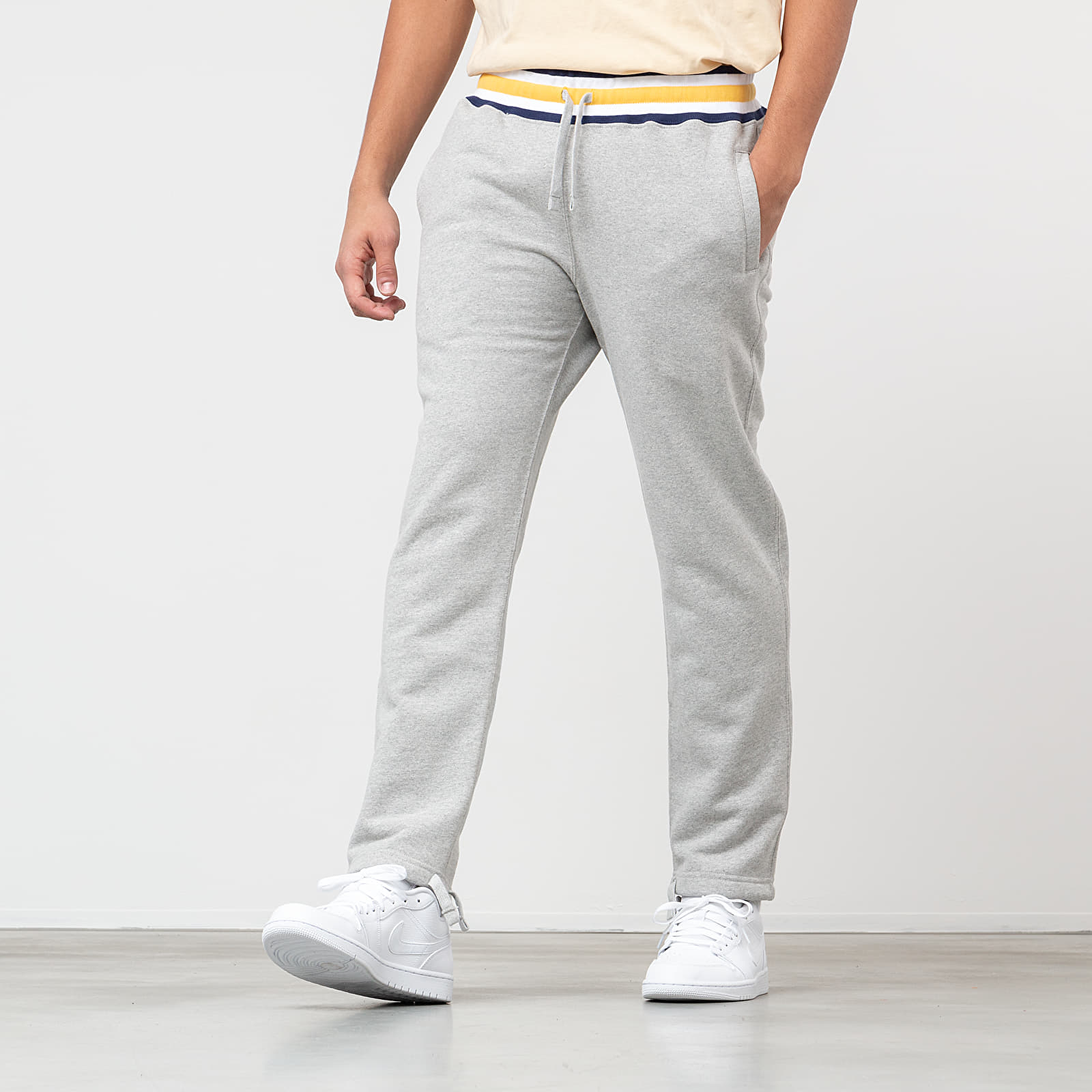 Pants and jeans Aimé Leon Dore Collegiate Sweatpants Heather Grey