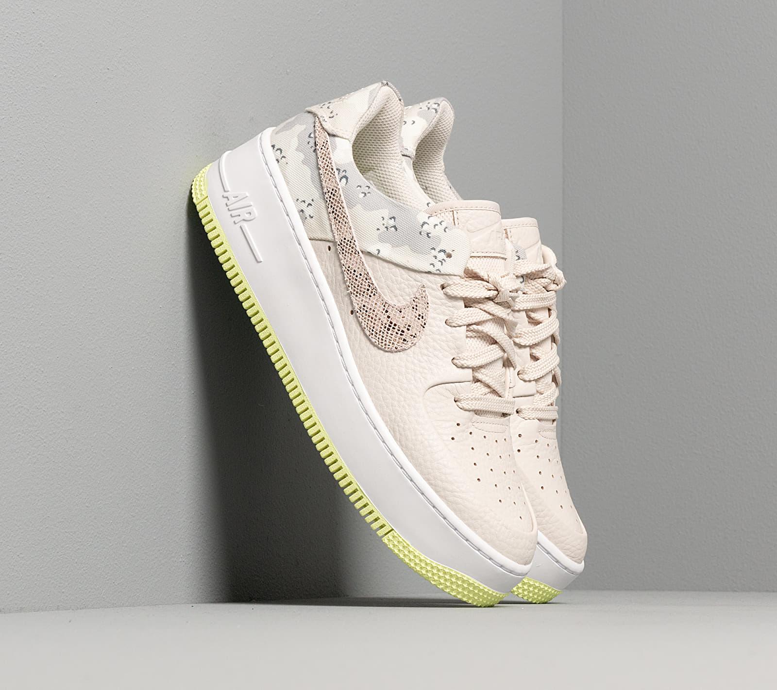 Nike W Air Force 1 Sage Lo Premium Light Orewood Brown/ Moon Particle-White