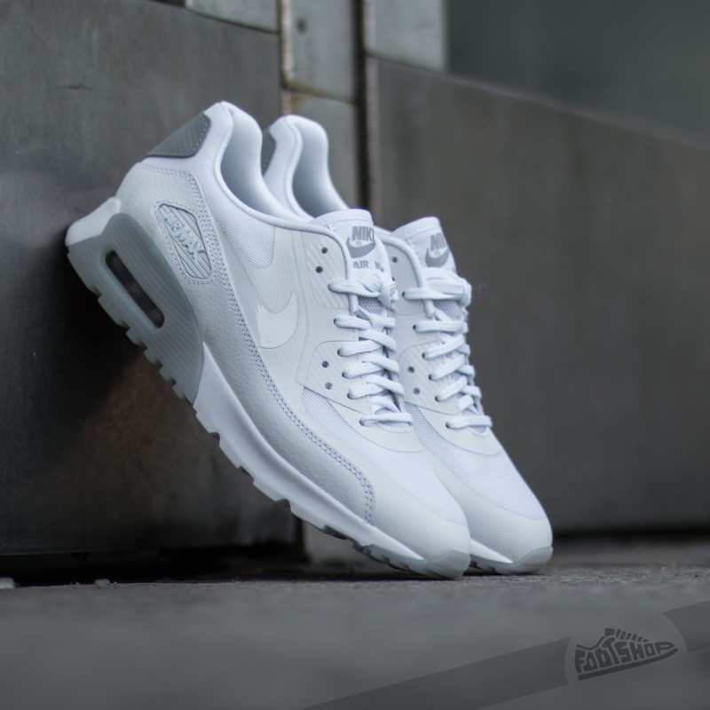 best service c9e41 ebba4 Nike W Air Max 90 Ultra Essential. White  Wolf Grey  Silver