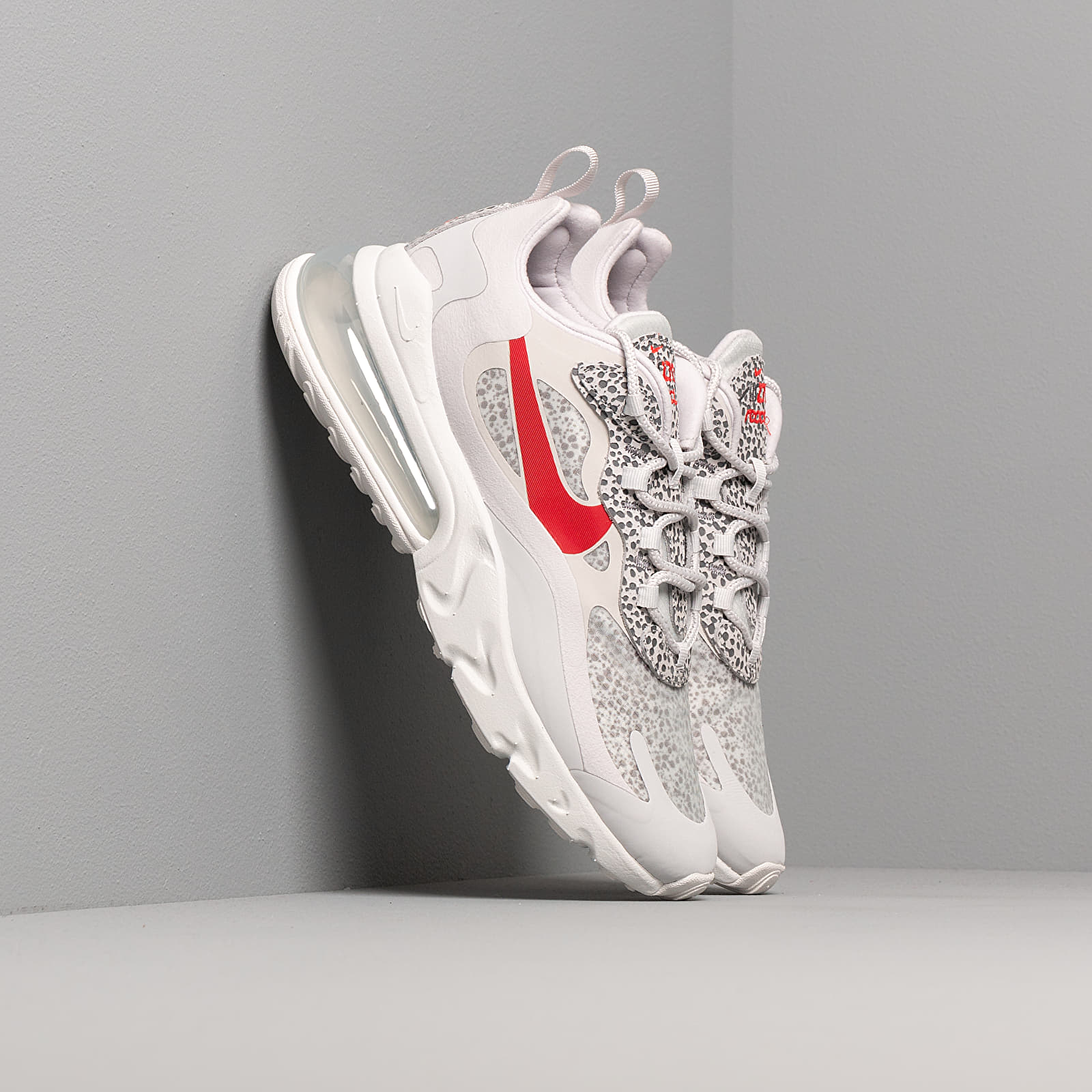 Zapatillas Hombre Nike Air Max 270 React Neutral Grey/ University Red-Lt Graphite