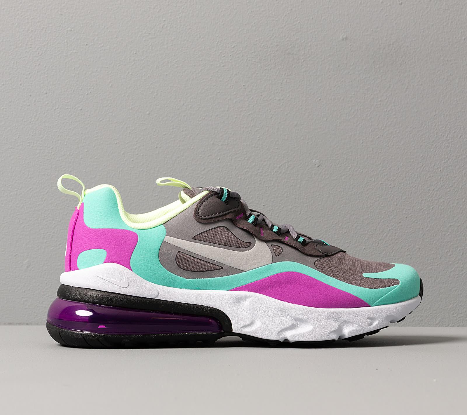 Nike Air Max 270 React (GS) Gunsmoke Reflect Silver Aurora