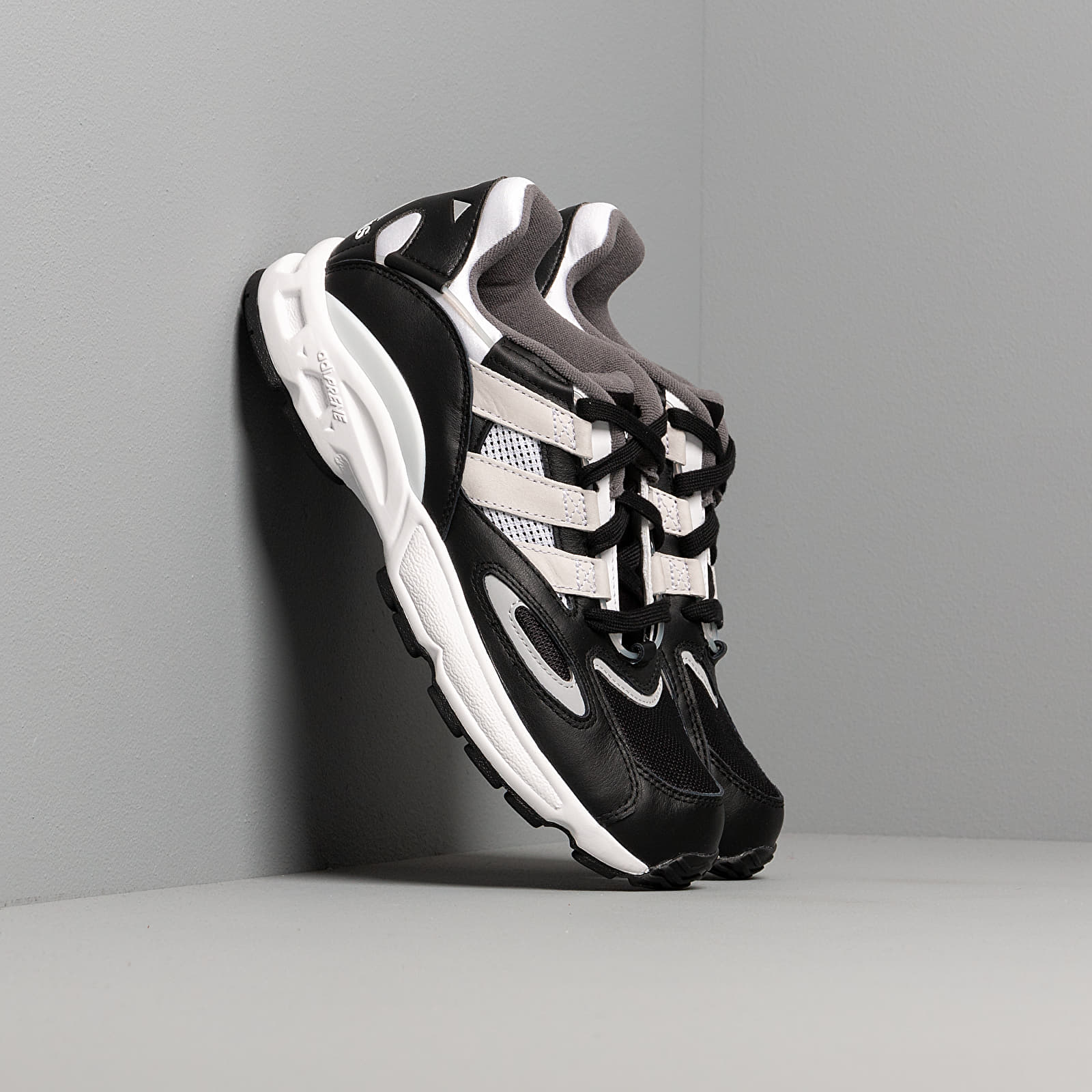 Männer adidas LXCON 94 Core Black/ Ftw White/ Grey Two