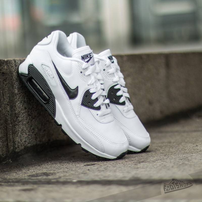 69519ab794 Nike Wmns Air Max 90 Essential White/ Black | Footshop