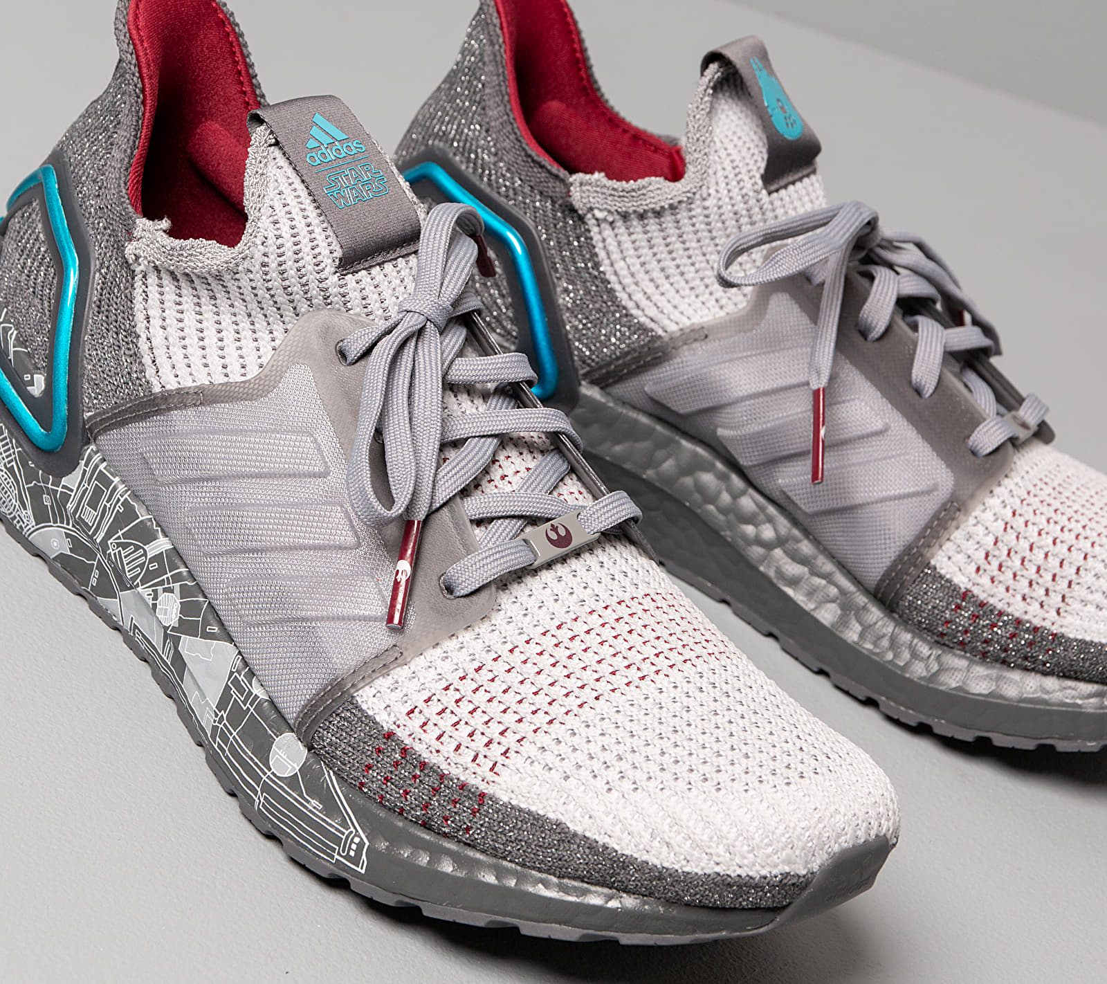 adidas x Star Wars UltraBOOST 19 Grey Five/ Grey Two F17/ Bright Cyan, Gray