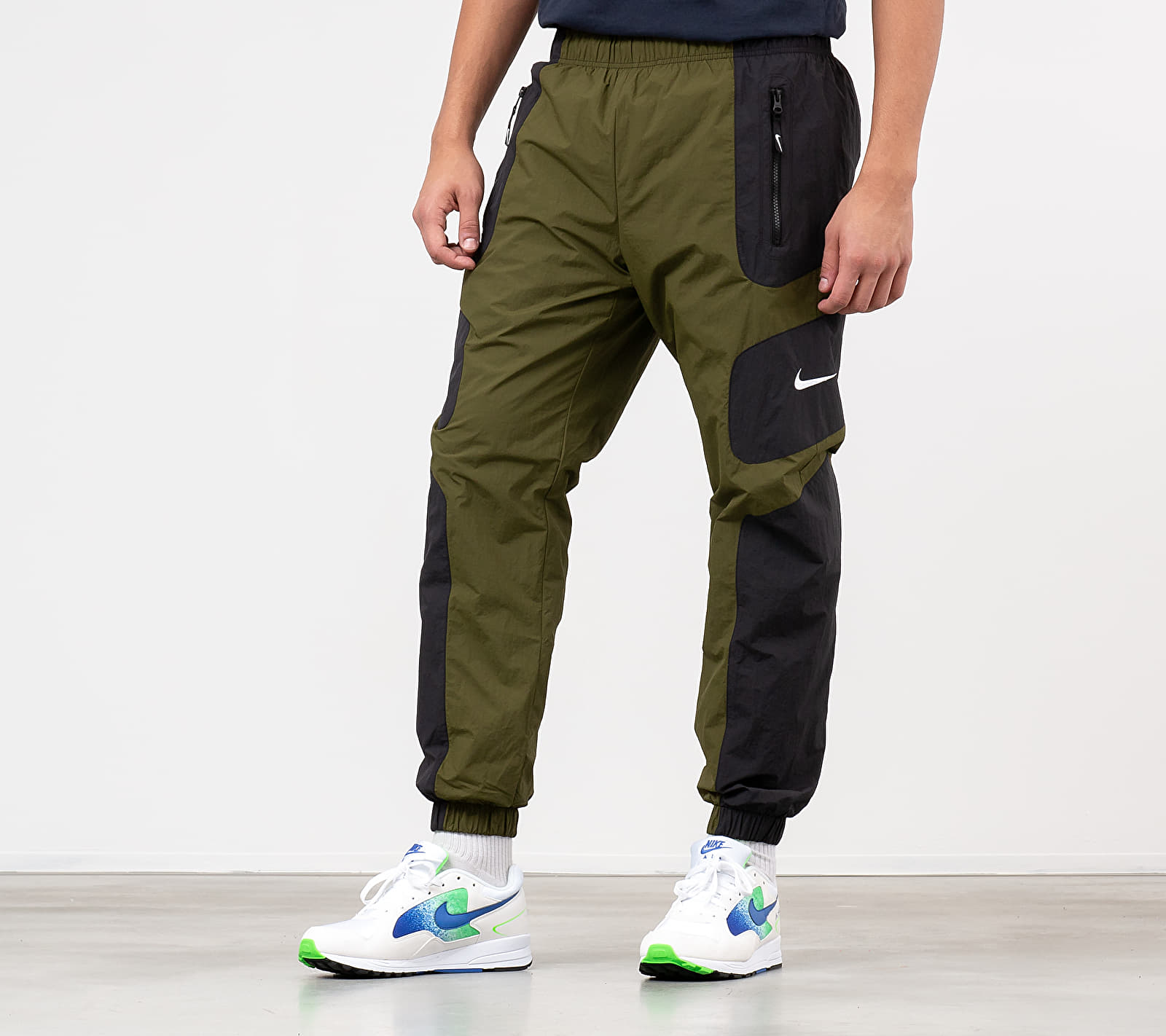 Nike Sportswear Re-Issue Pants Black/ Legion Green/ White